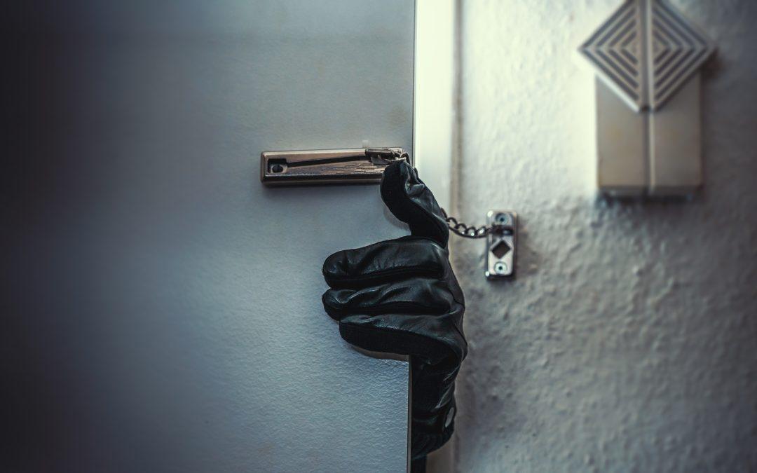 La seguridad de tu negocio empieza en tu puerta